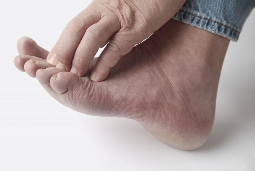 diabetic neuropathy symptoms treatment
